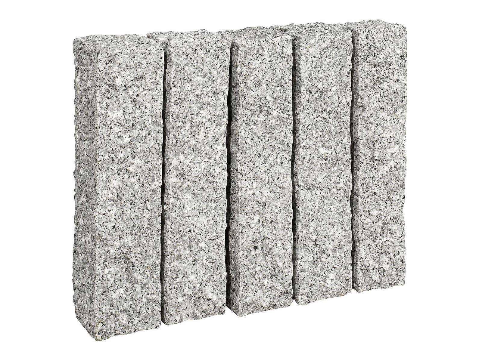 Palisade Granit Kristall grau - Granitpalisaden aus hellgaruem Granit. Allseitig grob gestockt/gespitzt in guter maflhaltiger Qualität.