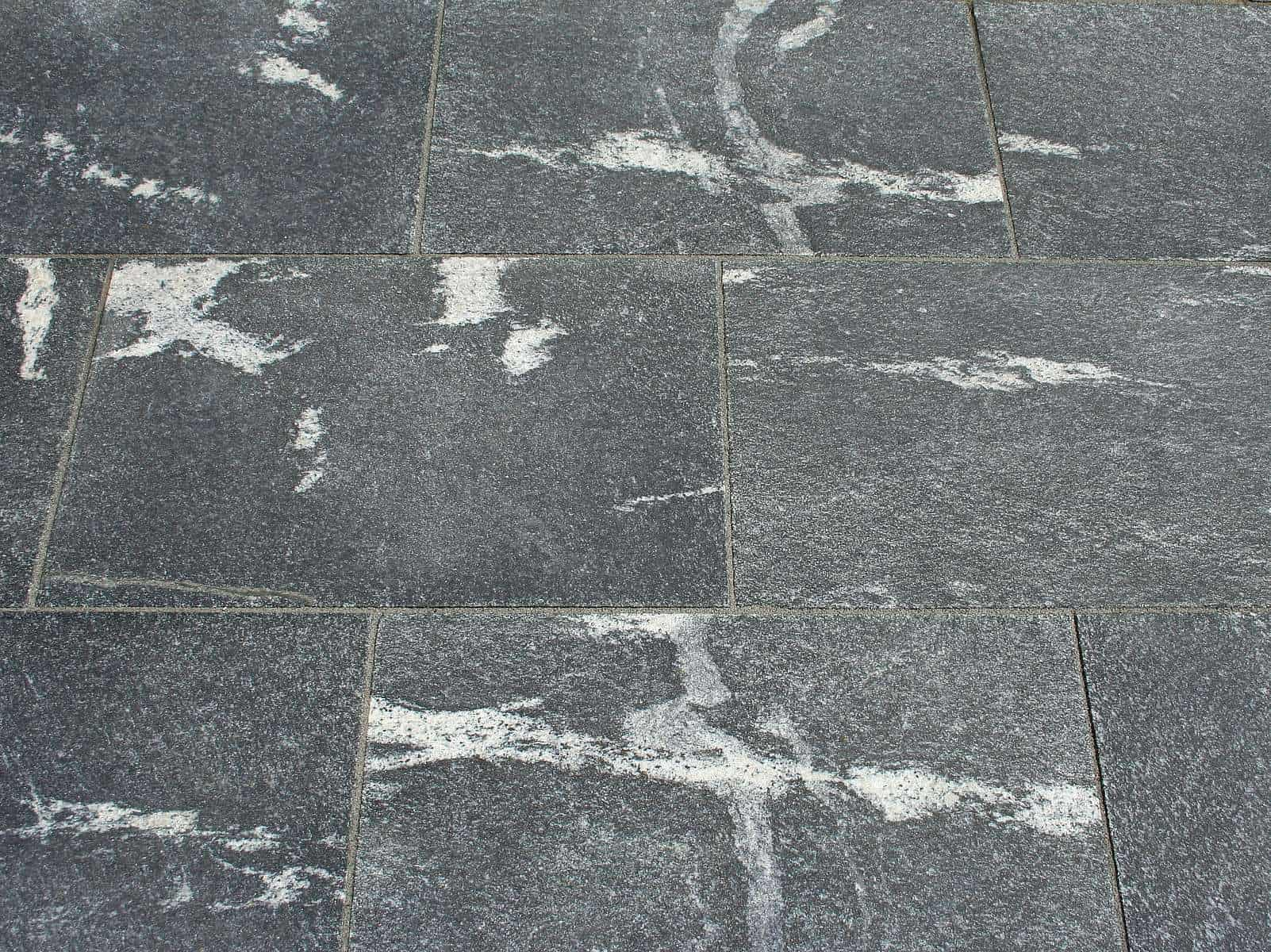 Natursteinplatte aus Nero Branco Granit