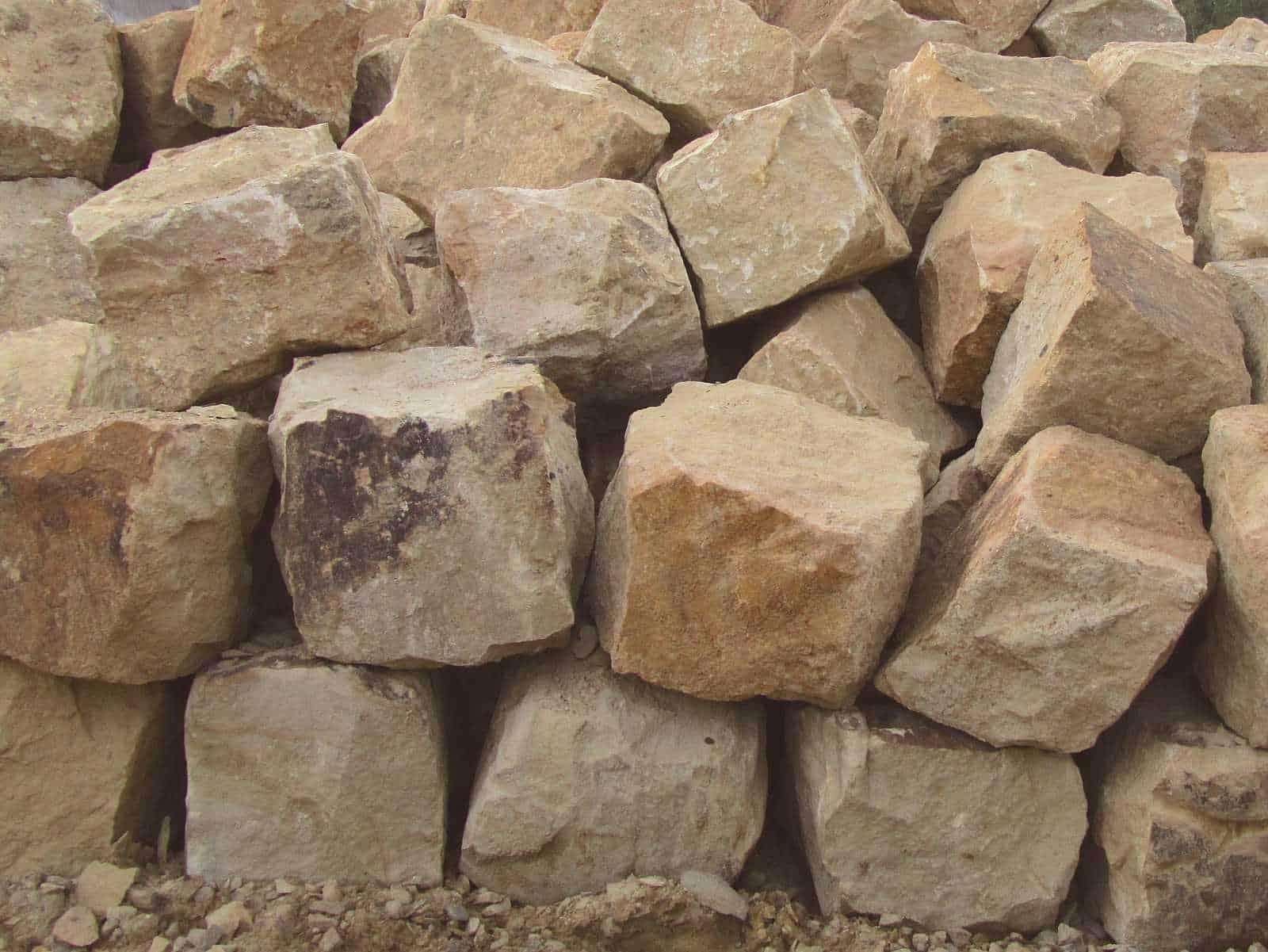 Sitzfelsen Ibbenbuerener Sandstein