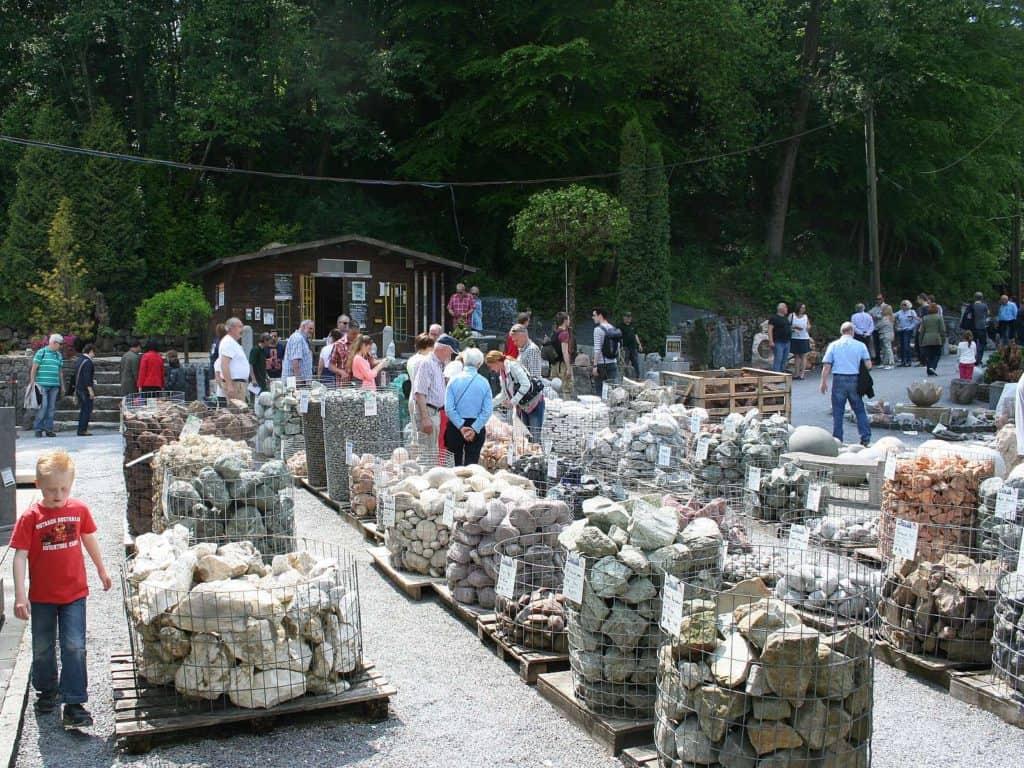 Ausstellung von Natursteinbrüche
