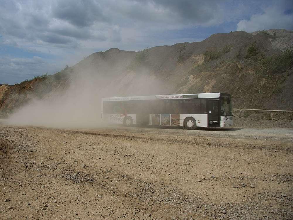 Bustouren durch den Steinbruch - Ein einmaliges Erlebnis.