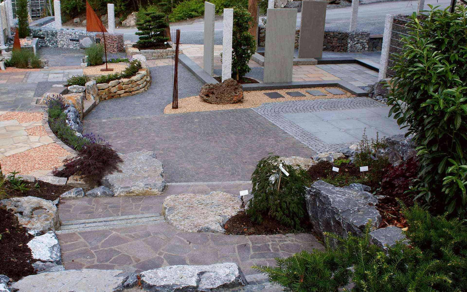 Natursteinausstellung für Terrassen